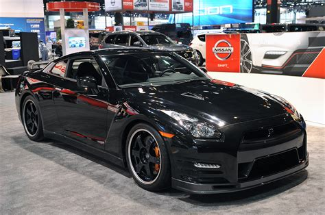 2014 Nissan Gt-r Track Edition Loses Rear Seats, Gains