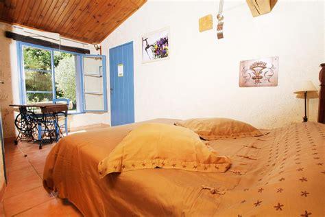 chambres d hotes grignan et environs chambre d 39 hôtes gîte du val des nymphes à la garde adhemar