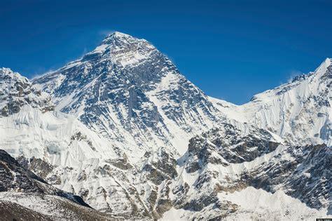Mount Everest Brawl Pits European Climbers Against Sherpas