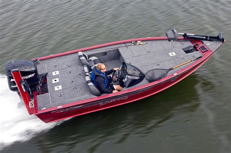 Lund Boats Coldwater Mi by 2017 New Lund 1875 Pro V Bass Boat For Sale Coldwater