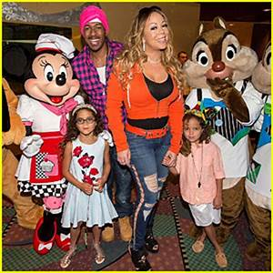 Kelly Clarkson Joins Nick Cannon & Kelsea Ballerini at ...