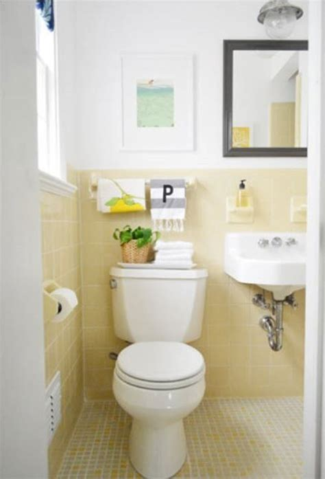 vintage yellow bathroom tile ideas  pictures