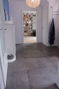 Fliesen Mit Tapete überkleben : die 25 besten ideen zu fliesen betonoptik auf pinterest ~ Michelbontemps.com Haus und Dekorationen