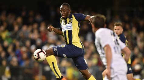 usain bolt turns   year contract  guardian