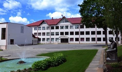 Vidars Zviedris: Pēdējos gados Rūjienas vidusskola ir ievērojami attīstījusies - Valmieras Ziņas