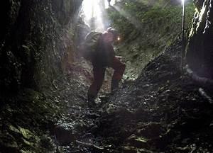 Injured German Speleologist Trapped In Riesending