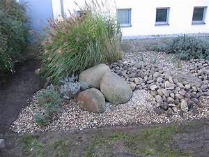 Steine Für Steingarten : gartengestaltung mit steinen terrasse mauer weg ~ Lizthompson.info Haus und Dekorationen