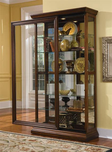 pulaski curio cabinet    sldg door curio