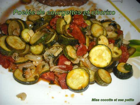 cuisiner une ratatouille poélée de courgettes et chorizo pour la ronde interblog