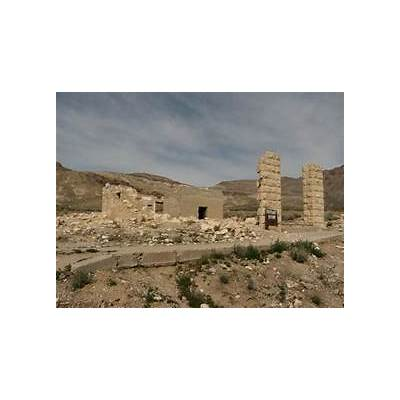 File:Ghost Town of Rhyolite Nevada (10) (3376554198).jpg - Wikimedia Commons