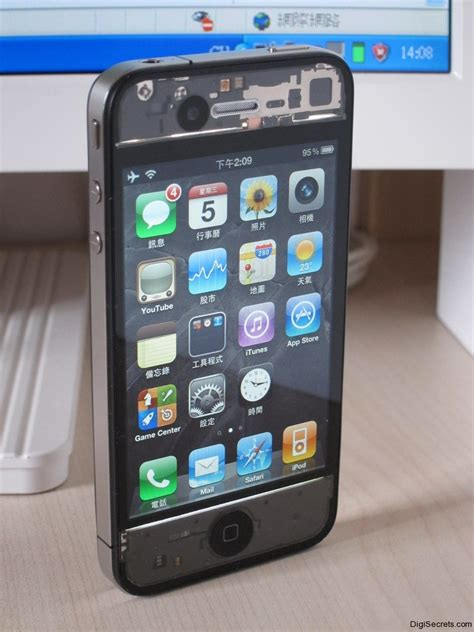 iphone 4 front you seen this transparent iphone 4 digisecrets