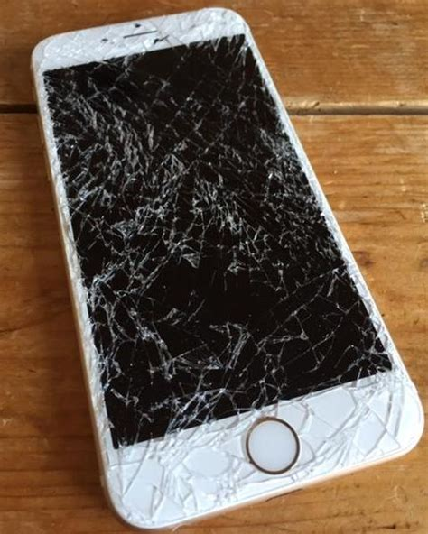 iphone 6 broken screen wanted broken screen iphone 6 on o2 tesco or unlocked