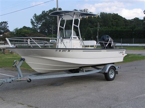 Boston Whaler Boats Forums by 2008 Boston Whaler 190 Montauk The Hull Boating