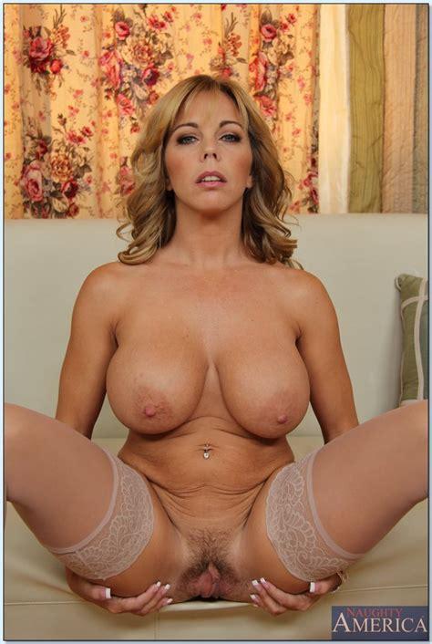 Busty Milf Wants Rock Hard Dick Photos Amber Lynn Bach