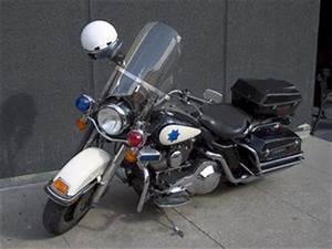 Nettoyer Pare Brise : comment nettoyer un pare brise en plexiglas sur une moto ~ Medecine-chirurgie-esthetiques.com Avis de Voitures