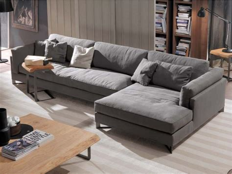 Davis In Fabric Sofa By Frigerio Poltrone E Divani