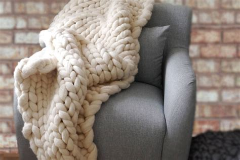 12 Warm Blankets Because It's Much Too Cold To Leave The House How To Make A Baby Blanket With Knots Simple Cable Knit Pattern Personalized Throw Blankets For Mom Crochet Patterns Bernat Yarn Swimming Pool Solar Installation Using Made Sunbeam Heating Flashing F