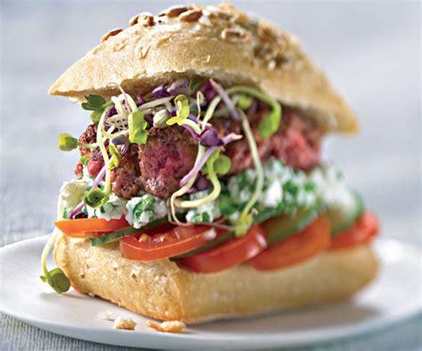 cuisiner un hamburger recette facile et économique du hamburger