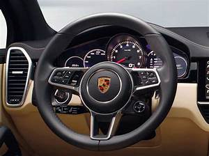 Nouveau Porsche Cayenne 2018 : nouveau porsche cayenne un concentr d 39 innovation et de sportivit ~ Medecine-chirurgie-esthetiques.com Avis de Voitures