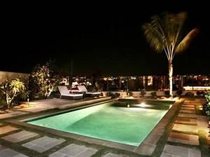 Garten Pool Rechteckig : 101 bilder von pool im garten rechteckig tropisch pool urban landschaft architektur ~ Orissabook.com Haus und Dekorationen