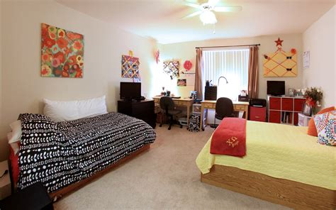 Dorm Rooms : Windsor Hall Double Dorm Rooms