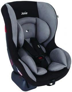 magasin siege auto bebe louez un siège auto bébé de naissance dans un relai familib