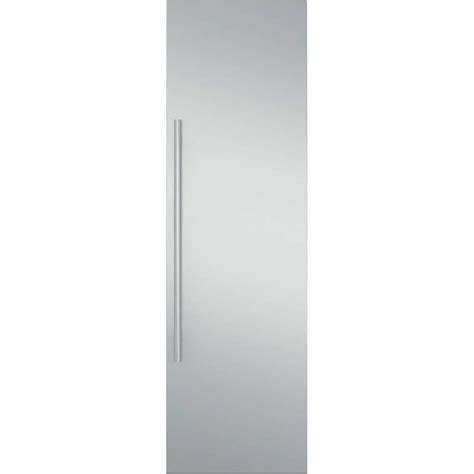 monogram  fully integrated refrigerator  freezer door