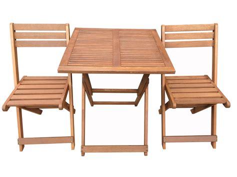 chaise pliante en bois bien choisir un salon de jardin en bois pas cher conseils