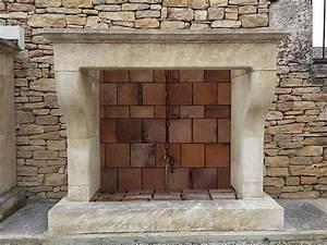 Cheminée à Foyer Ouvert : chemin es en pierre de taille de style provencal louis xv ~ Premium-room.com Idées de Décoration