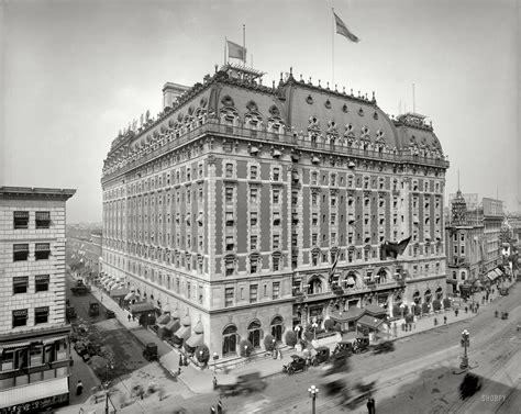 Filetimes Squareel Astor New York  Jpg