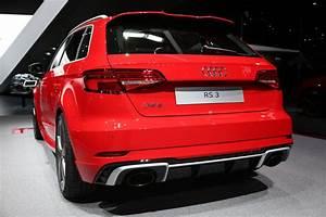 Audi Rs3 Sportback 2017 : 2017 audi rs3 the hyper hatch everybody ignores in geneva autoevolution ~ Medecine-chirurgie-esthetiques.com Avis de Voitures