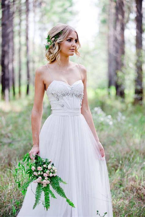 Romantic Woodland Wedding Inspiration Woodland Wedding