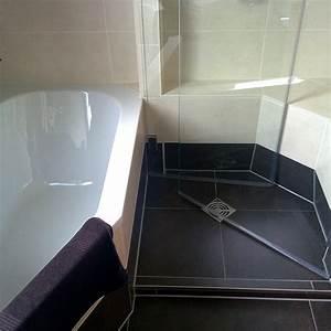 Große Fliesen In Kleinem Bad : badideen dusche ~ Bigdaddyawards.com Haus und Dekorationen