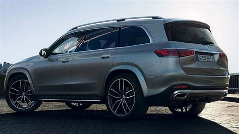 mercedes gls     full size suv
