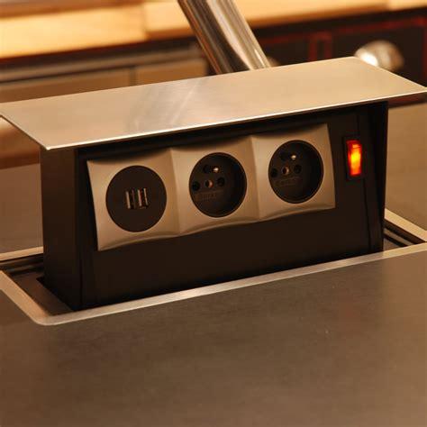 prise pour ilot central cuisine ilot cuisine sur mesure cuisine quipe surmesure avec