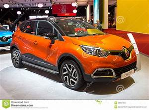 Renault Versailles : renault captur xmod editorial stock photo image of design 53067453 ~ Gottalentnigeria.com Avis de Voitures