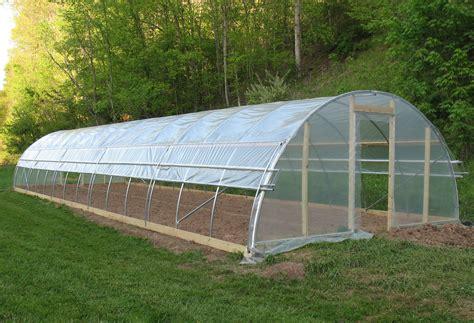 helping    high tunnel build roselinn farms
