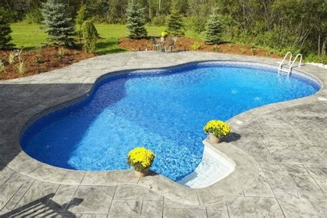 Above Ground Pool Concrete Deck