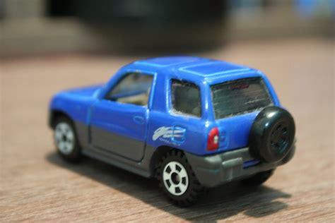 die cast toy cars tomica toyota rav  st gen