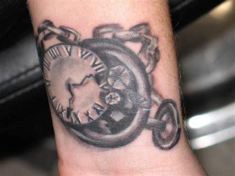 broken clock tattoo tattoo pinterest tattoo