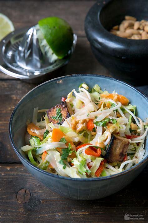 vietnam nudeln mit tofu und kohl madame cuisine