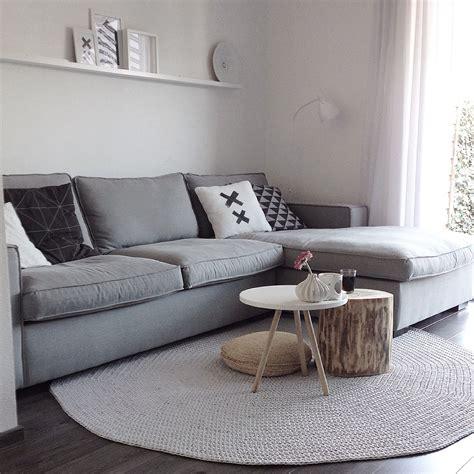 tapis table basse  rondin de bois deco salon tapis