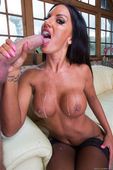 Big Boobs Slut Elicia Solis Fucked By Big Cock Milf Fox