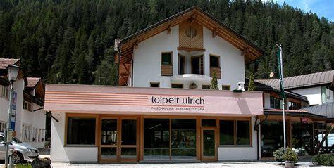 küchen türen erneuern position tischlerei fenster und innenausbau pederoa wengen gadertal alta badia
