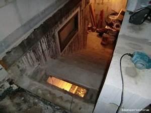 Feuchtigkeitssperre Auf Bodenplatte : berdachte kelleraussentreppe feucht neu aufmauern ~ Lizthompson.info Haus und Dekorationen