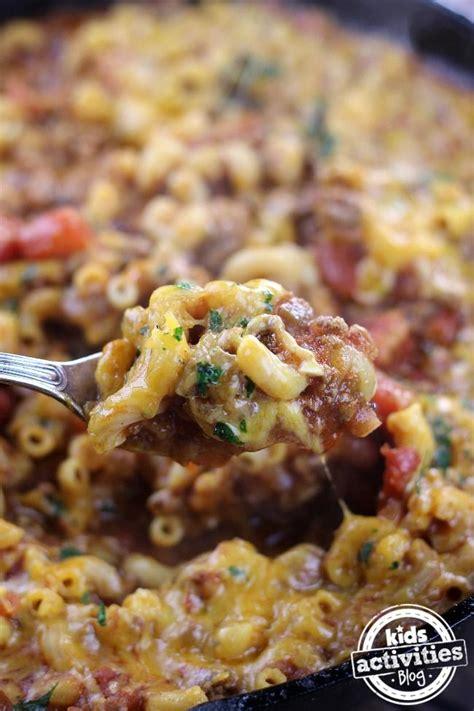 Zest of one large lemon 8 ounces dried whole wheat pasta. One Pot Chili Pasta | Favorite chili recipe, Beef recipes, Casserole recipes