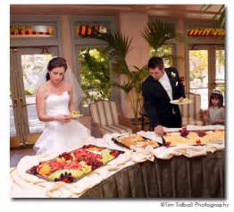 food ideas for wedding reception buffet reception ideas bridal expo chicago milwaukee
