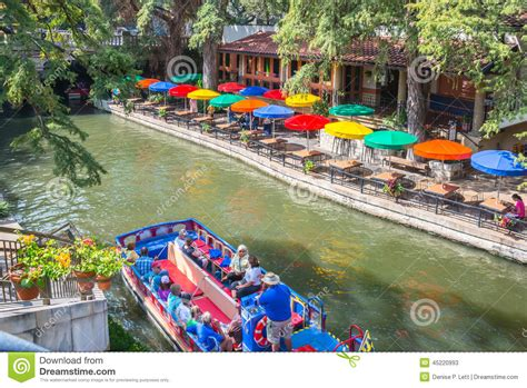 Riverwalk Boat Ride Prices by San Antonio River Walk And Boat Cruise Editorial