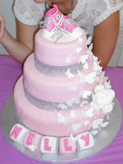 Wilton Cake Decorating Classes by You Have To See Christening Cake On Craftsy