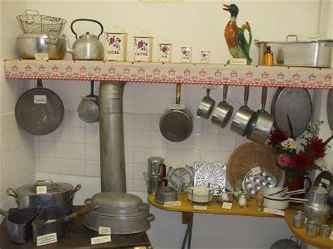 vieux ustensiles de cuisine le musée des ustensiles de cuisine anciens